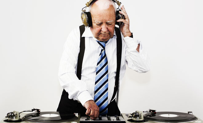 6 Tips For Learning How To Dj As An Adult
