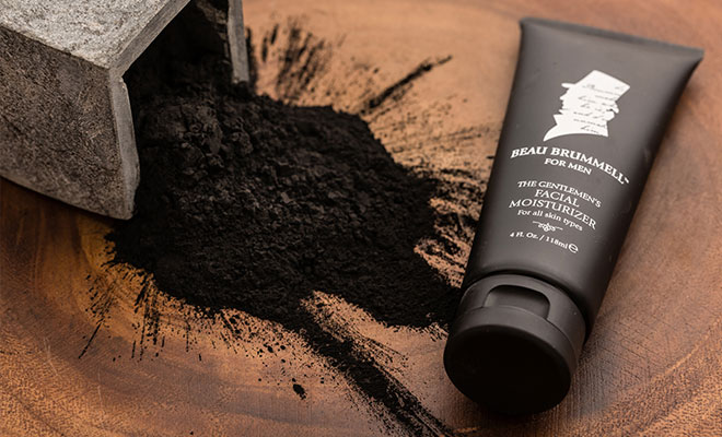 The Amazing Benefits Charcoal Offers Your Skin, And Why You Should Use It Now