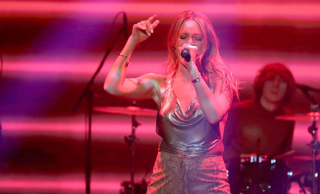 """Tove Lo Brings """"Disco Tits"""" To 'Jimmy Fallon' — Watch Full TV Performance"""