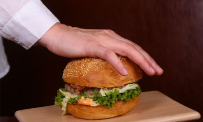How To Use A Burger Press Easily
