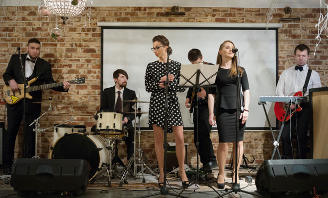 Cover Band - A Cool Party's Number 1 Must-Have Entertainment