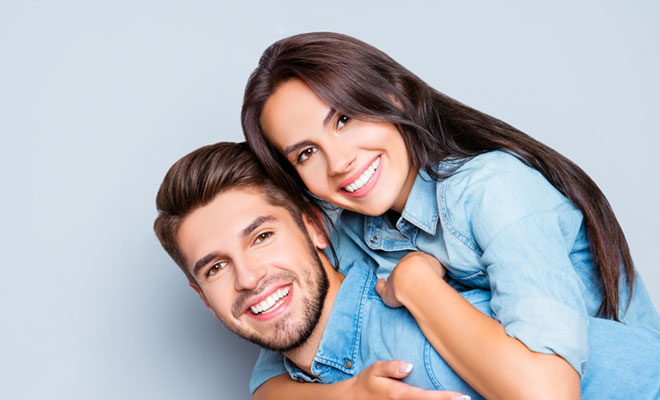 Make Your Girlfriend Happy: Know When & What To Give With These 8 Tips