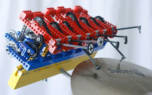 2014-04-27 14_29_59-Watch an Incredibly Complex Lego Machine Make Electronic Tunes _ Design _ WIRED