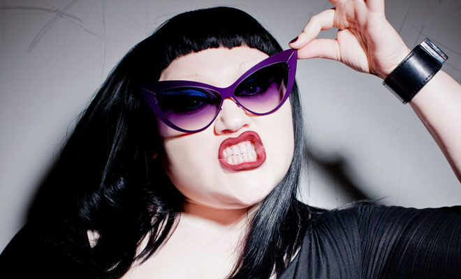 """Beth Ditto Performs """"Supernature"""" On French TV"""