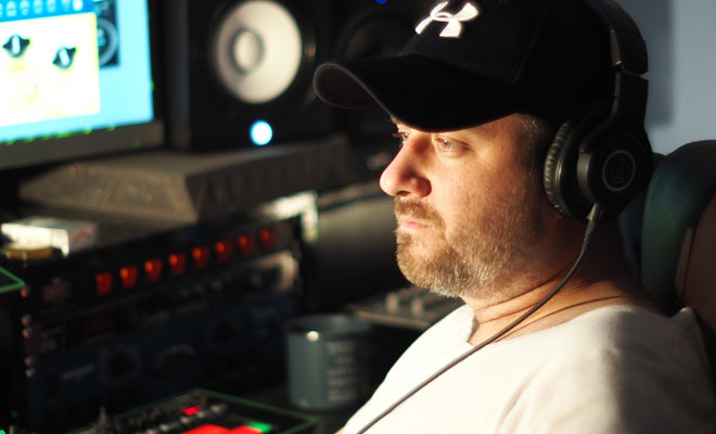 "Van der Trip Blows Our Mind With Techno Song ""Braindead"""