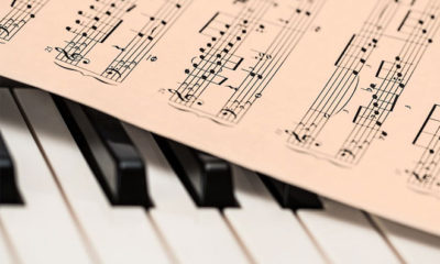 Piano Lessons For Beginners: Learn Piano Quickly And Easily