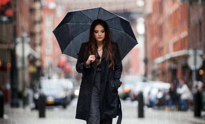 "Stream Lauren Davidson's 1st Release On Skyfall/Sony Music, ""Pouring Rain"" ☔"